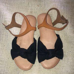 Girls  bow sandals by Zara